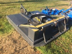 2010 New Holland Ambusher Rotary Cutter