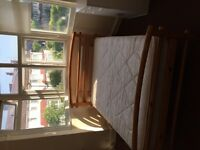 Double Room £550 p/m & Single large room £475 1 min fr Colliers Wood Station (zone 3 Northern line)