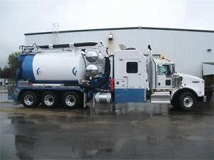 Rebel Hurricane (13-Yard Debris / 2400 Water) Hydrovac Truck