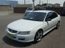 2005 Holden Commodore VZ Executive White 4 Speed Automatic Sedan Georgetown Newcastle Area Preview