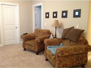 Furnished Room for Rent in 2 bedroom Eagle ridge Apartment