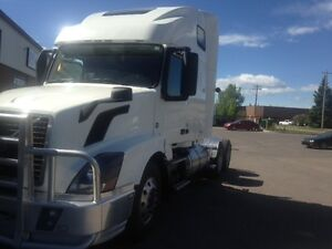 Call Syed 2014 Volvo I-SHIFT VNL64T 670 Double bunk' Sleeper,