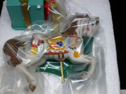 Pull String Music Box Horse Hanging Ornament Heritage House I JUST CALLED TO SAY
