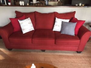 GREAT BUY! DEEP SEAT COUCH