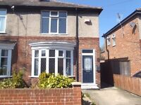 EXCELLENT: 2 Bedroom Semi, Davison Road. £125 / WK. Great Location! Ready Now! NO ADMIN FEES!
