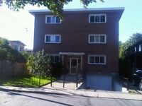 Lachine West - 3 1/2 Fridge,Stove,heat, hot water included