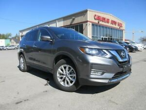 2017 Nissan Rogue SV AWD, ROOF, LOADED, 15K!