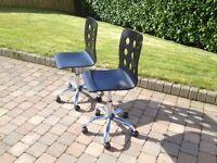 Black ergonomic adjustable desk chair