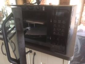 Samsung microwave oven Model MC28H5013AK