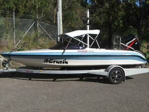 Ski Boat Success Craft Meteor Caves Beach Lake Macquarie Area Preview