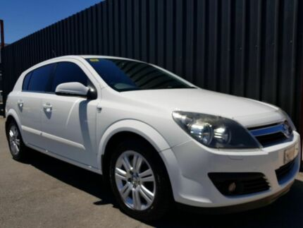 2006 Holden Astra AH MY06.5 CDTi White 6 Speed Automatic Hatchback