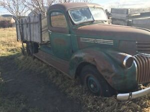 WANTED -- Parts for 1941 to 1956 Chevy truck Edmonton Edmonton Area image 1