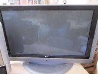 bargain/lg silver 42 inch screen plasma TV/no remote//