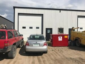 Shop for lease - located at 22A Hamilton Ave, Warman, SK