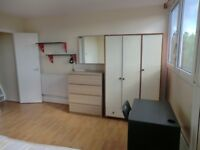 Single room in Clapham Junction available from July, £170pw all included!
