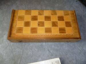 Chess and backgammon set Kardinya Melville Area Preview