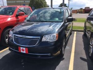 2014 Chrysler Town & Country Touring-L | LEATHER | DVD BLURAY |