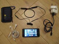 APPLE iPhone 5 16gb Black UNLOCKED with BeatsX Bluetooth Earphones & Apple Earpods