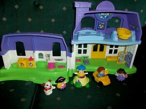 Fisher Price Little People Folding Doll House London Ontario image 2