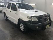 2011 Toyota Hilux KUN26R MY11 Upgrade SR (4x4) White 4 Speed Automatic Dual Cab Pick-up Beresfield Newcastle Area Preview