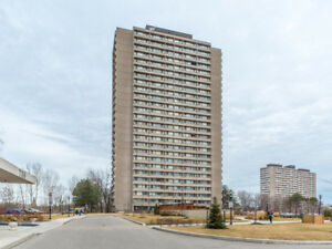 Spacious & Well-Mainted 1+1 Bedroom on Don Mills