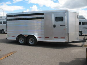 2016 LOGAN COACH 16' STOCK/COMBO BP 3 HORSE TRAILER