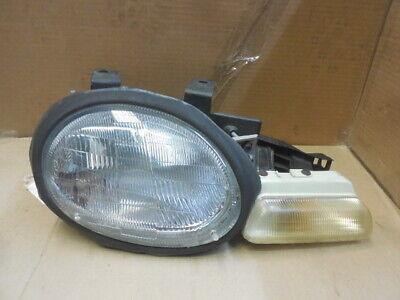 99 Dodge Neon Headlight - 95-99 Dodge Neon RH Passenger Complete Headlight Assembly 333-1105 G978