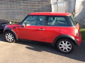 Mini One 2002 Low Mileage, One previous owner, Excellent condition