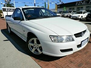 2005 Holden Ute VZ White 4 Speed Automatic Utility Victoria Park Victoria Park Area Preview