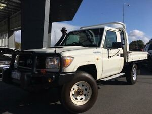 2010 Toyota Landcruiser VDJ79R 09 Upgrade Workmate (4x4) White 5 Speed Manual Cab Chassis Beckenham Gosnells Area Preview