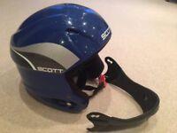 Ski helmet - Child's blue helmet by Scott