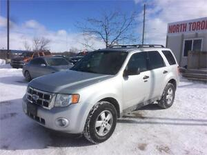 2009 FORD ESCAPE XLT - 4WD - LOW KM - VALID E TEST - CLEAN