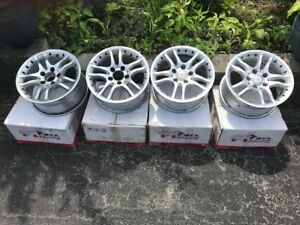Alloy Wheels F1 Racing Excellent Condition