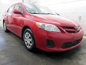 2012 Toyota Corolla *RÉSERVÉ* ROUGE MIROIRS ÉLECTRIQUE 116,000KM