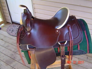 WESTERN RAWHIDE ROPER SADDLE FOR SALE $850.00