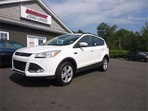 2013 Ford Escape SE, 4wd, MINT CONDITION, LOW KM BLOWOUT