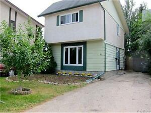 BEAUTIFUL,Move-in ready, Affordable starter or Perfect Fam home!