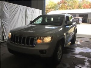 Jeep Grand Cherokee Laredo Trail Rated 4x4 MAGS 2011