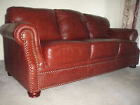 High End Classic Leather Sofa And Loveseat, 99% new, Can deliver