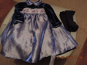 Girl's Size 24months Holiday/Party Dresses London Ontario image 3