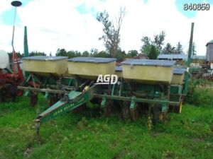 John Deere 7000 Planter Find Farming Equipment Tractors Plows