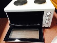 Russell Hobbs tabletop mini kitchen. Two rings, an oven and a grill