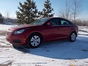 2014 Chevrolet Cruze 1LT Loaded in premium condition come see.