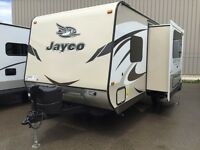 REDUCED $1000- 2015 JAYCO WHITEHAWK 23ft W/ MURPHY BED & BUNKS