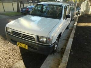 2001 Toyota Hilux TRAY BACK UTE 2 DOOR 2.7i White Manual Utility Croydon Burwood Area Preview