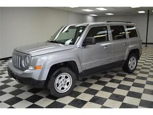 2015 Jeep Patriot NORTH 4X4 - KEYLESS ENTRY**LOW KMS**CARGO AREA
