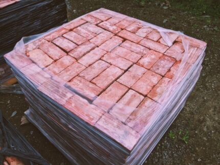 Old Red Bricks - Immaculate condition