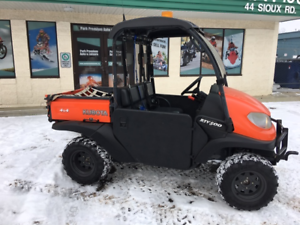 BLACK FRIDAY SPECIAL!   2012 KUBOTA RVT 500 WITH EXTRAS!!