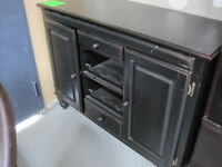 DRESSERS/CONSOLES/SIDEBOARDS