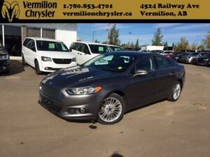 2014 Ford Fusion SE Ecoboost AWD, Heated Leather, Sunroof